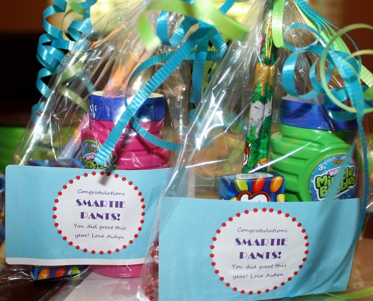 Kindergarten graduation gifts, gifts for students, smarties and bubbles