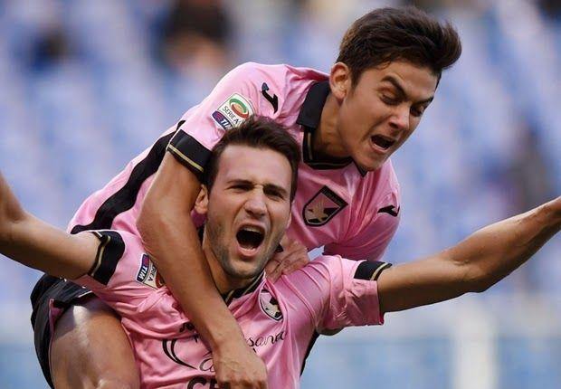 Franco Vazquez Siap Untuk Ke Klub Raksasa - Gelandang yang merangkup penyerang andalan pemain Palermo, Franco Vazquez, yang disebutkan oleh agennya siap untuk melanjutkan karier di tim besar eropa.