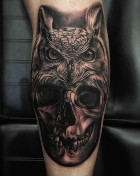 Owl & Skull tattoo by Lucio Skor