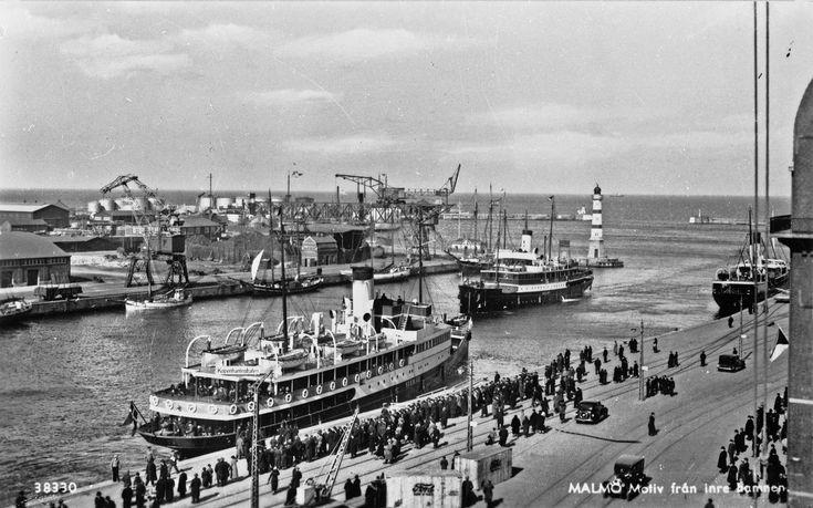 Malmö. Motiv från inre hamnen. 1930 tal