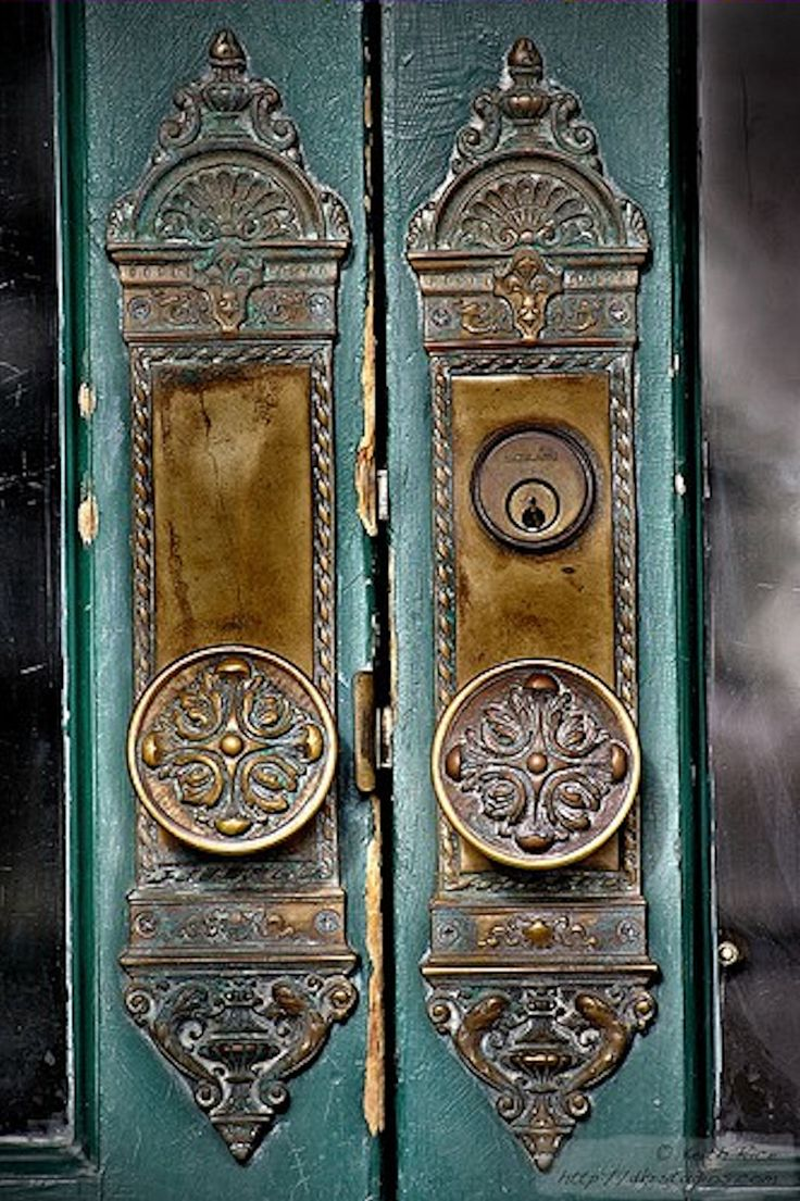 Beautifully-ornate door knobs and lock plates. beautiful ^T^ - Best 139 Vintage Door Knobs, Handles And Door Knockers Images On