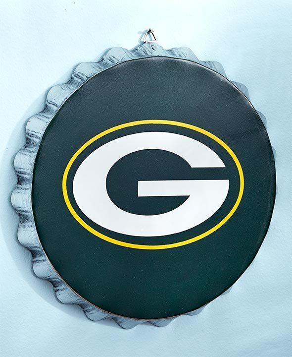 NFL GREEN BAY PACKERS Metal Bottle Cap Wall Sign - Man Cave - Bar Sign #ForeverCollectibles #GreenBayPackers #josam1129 #NFL #PACKERS #PackersBottleCapBarSign #PackersFan #ManCave #PackersBarSign #GreenBayPackers