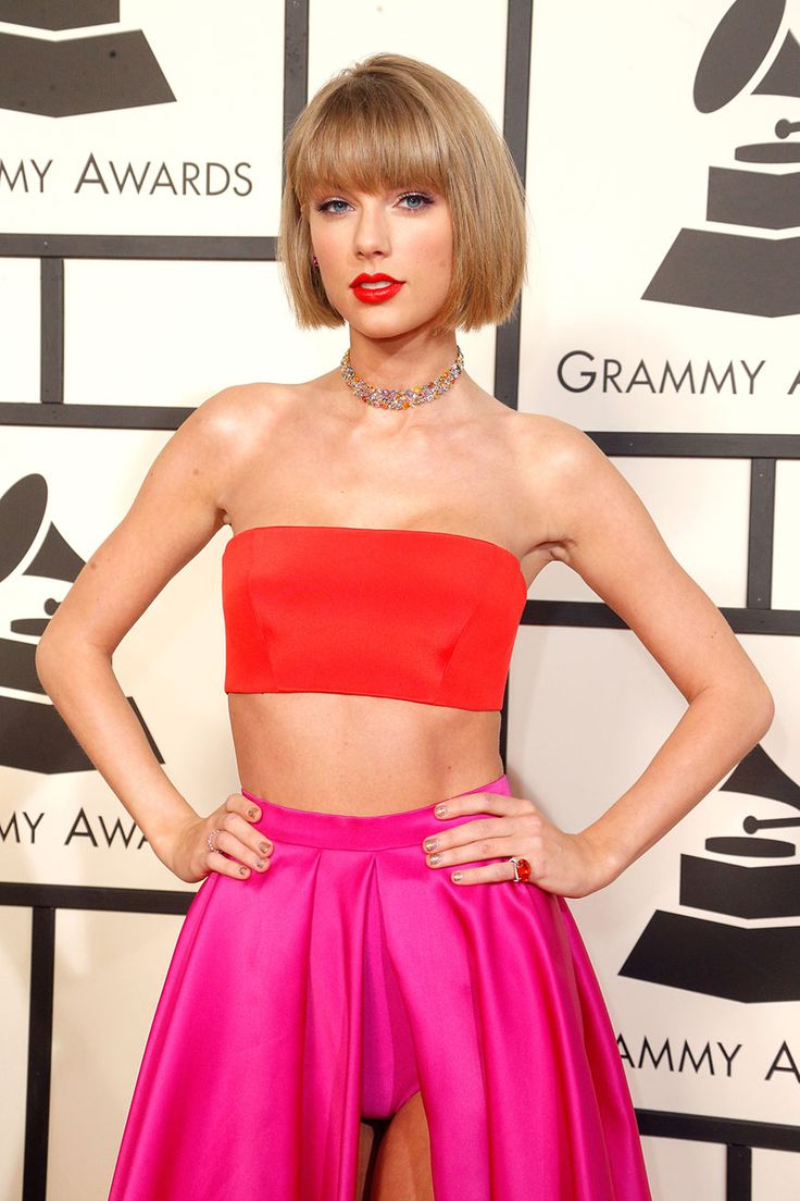 Taylor Swift Wore Bloomers and a Tube Top on the Grammys Red Carpet - SELF