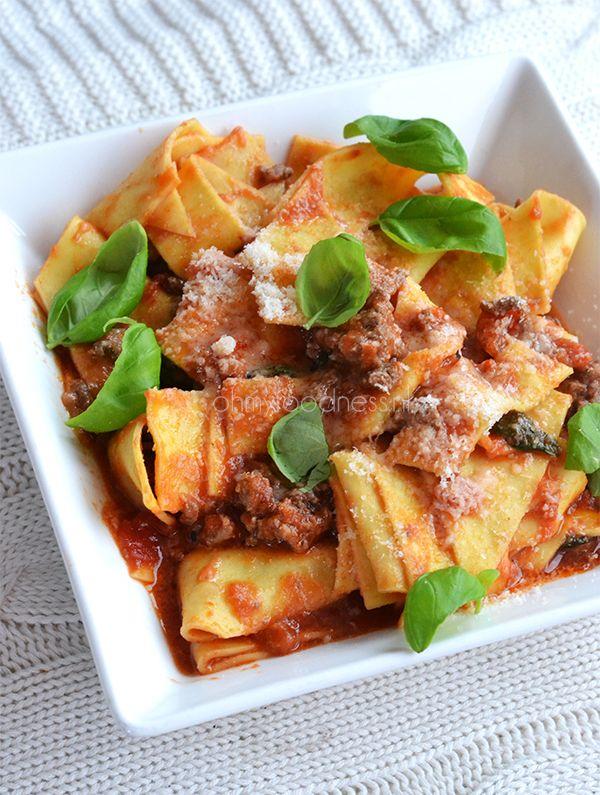 OMF's Studentenkeuken: Snelle pasta met tomatensaus - OhMyFoodness