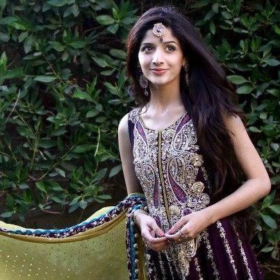 love the dress...Pakistani actress Marwa Hochen
