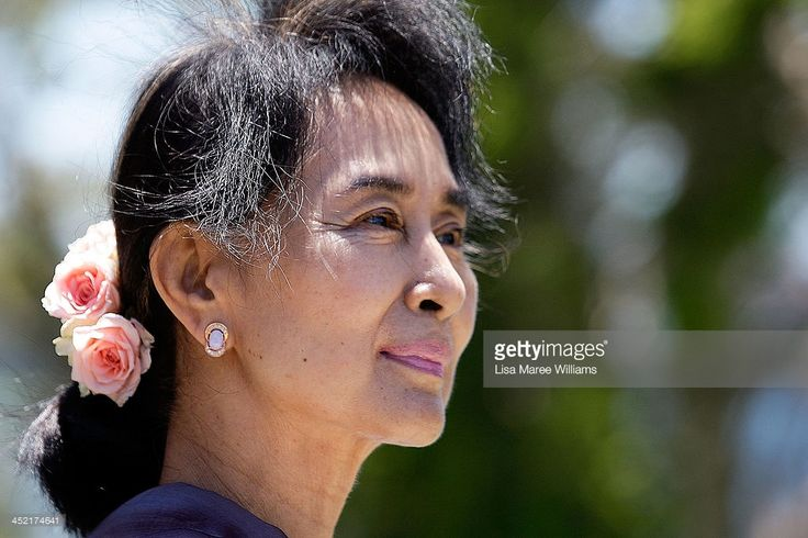 Nobel Peace Laureate and Myanmar opposition leader <a gi-track='captionPersonalityLinkClicked' href=/galleries/search?phrase=Aung+San+Suu+Kyi&family=editorial&specificpeople=214208 ng-click='$event.stopPropagation()'>Aung San Suu Kyi</a> walks in the gardens of Government House during a meeting with NSW Governor Marie Bashir on November 27, 2013 in Sydney, Australia. <a gi-track='captionPersonalityLinkClicked'…