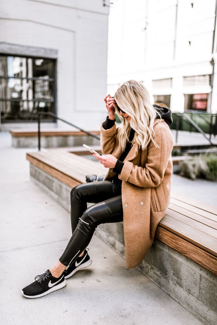 I love sleek black and camel street wear. Whoever decided athleisure was going to be the thing deserves a huge smooch on the lips. I'm all about the casual minimalistic vibes these days and it goes in my wardrobe as well as my tech accessories. Along with my comfortable H&M men's hoodie, Zara leggings, ASOS Coat and Nike trainers, I paired my new favorite (and protective) Otterbox Statement Series case in Mauve.Words cannot even express to you how much I love this case. The color is…
