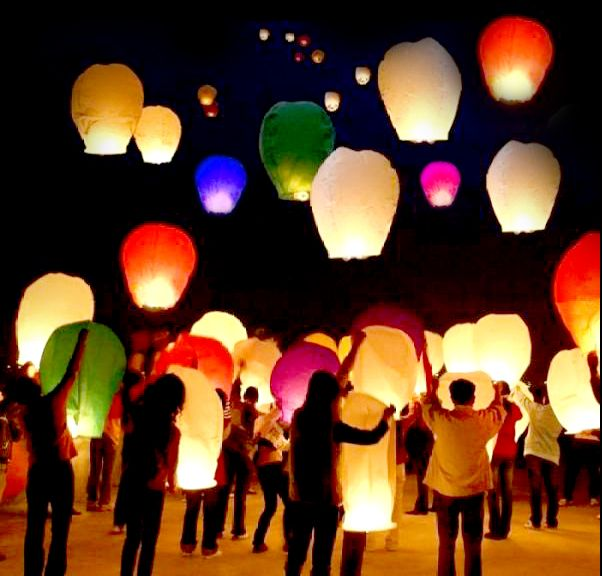 doing these for VBS 2012: Buckets Lists, Skylantern, Paper Lanterns, Color, Wedding, Air Balloon, Sky Lanterns, Parties Ideas, Chine Lanterns