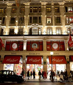 Hamleys London - Toys, toys, all types of toys!