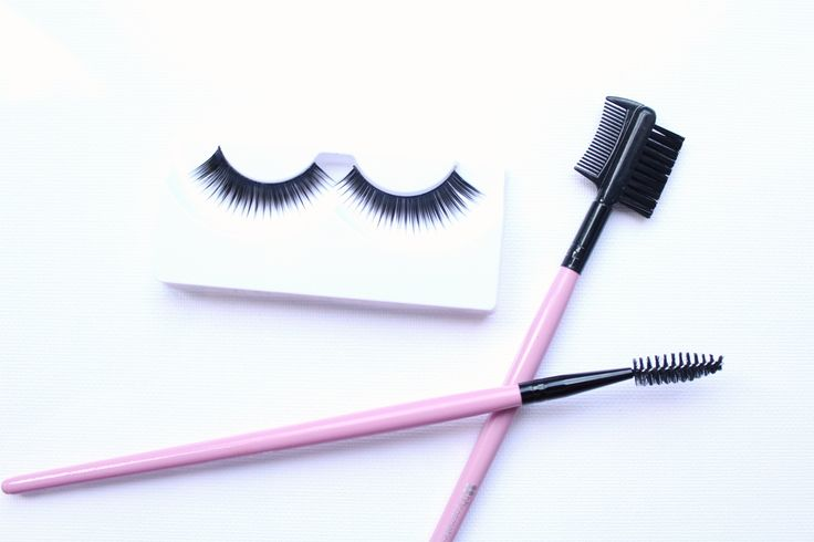 Madison Coco, Onlinemagazin, Blogger Netzwerk, your daily treat, fashion, beauty, food, interior, news, thingswelove, madisoncoco.de, beauty, beautytipps, Falsche Wimper, False Lashes, Tips, Makeup, Beauty ABC