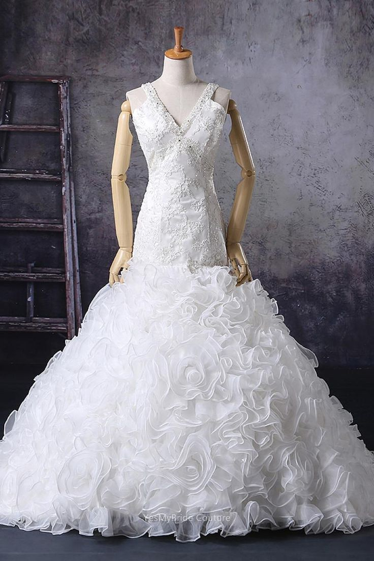 Custom Sleeveless Beaded V-neck Vintage Wedding Gown