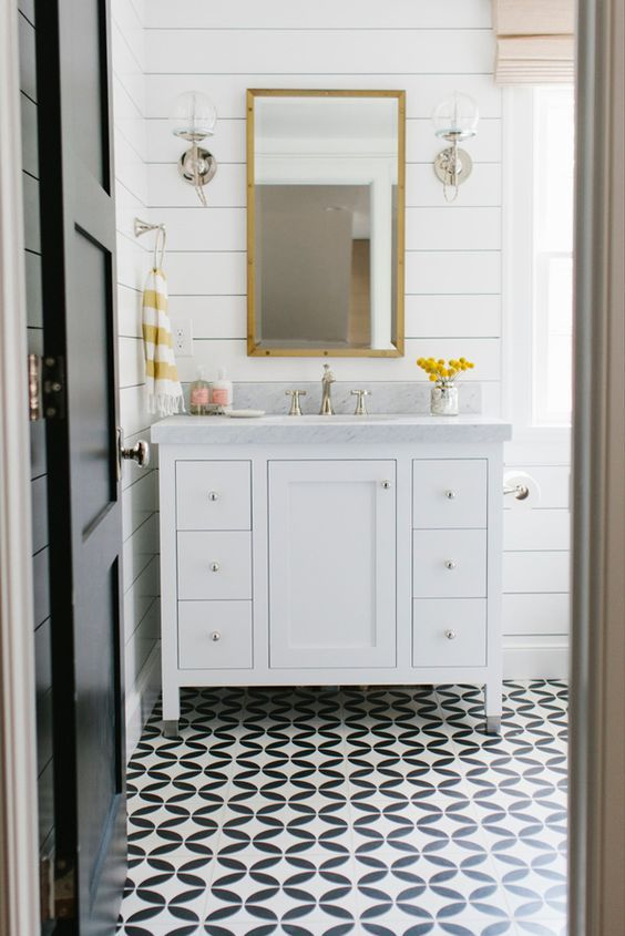 patterned bathroom tile floors