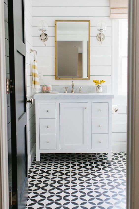 patterned bathroom tile floors