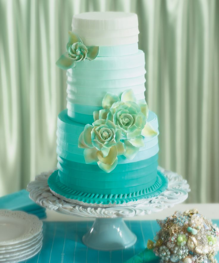 decopac wedding cakes 1000 ideas about aqua wedding cakes on 13371