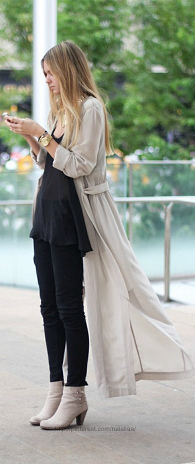 Denim and jeans / karen cox.  Street style ♥ denim skinnies and ivory long flowing cardigan