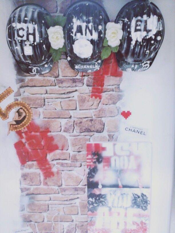 #wonderland #wonderlandcapri #designersvintage #moschino #jewels #love #stupidcupid #wonderfulwearingwonderland #newlook #xandrerock #cocochanel #obsession