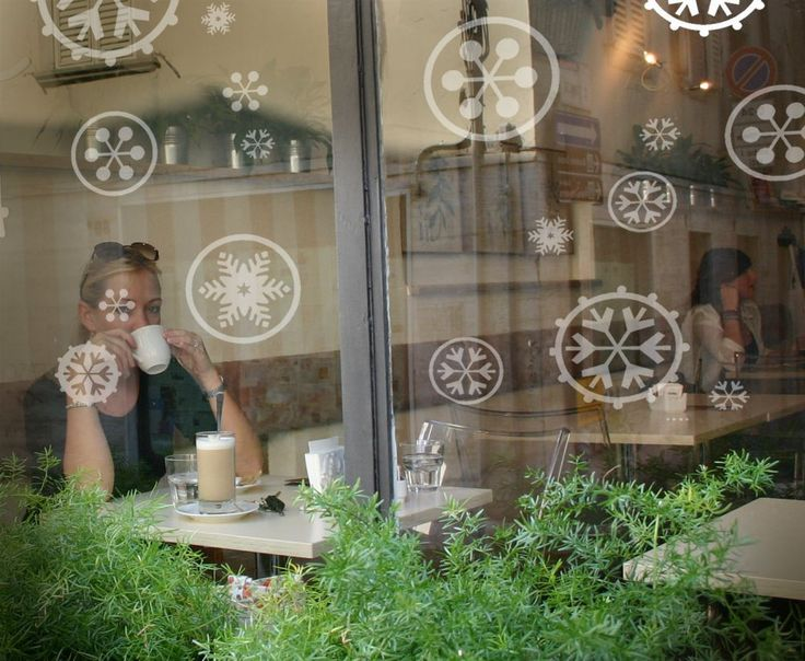 Snowflakes Window-Tattoo / Sticker like frosted glass