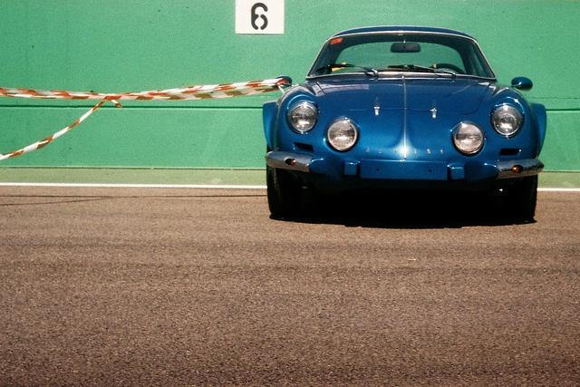 by Laszlo_Gerencser, via Flickr http://cameraclasic.blogspot.com