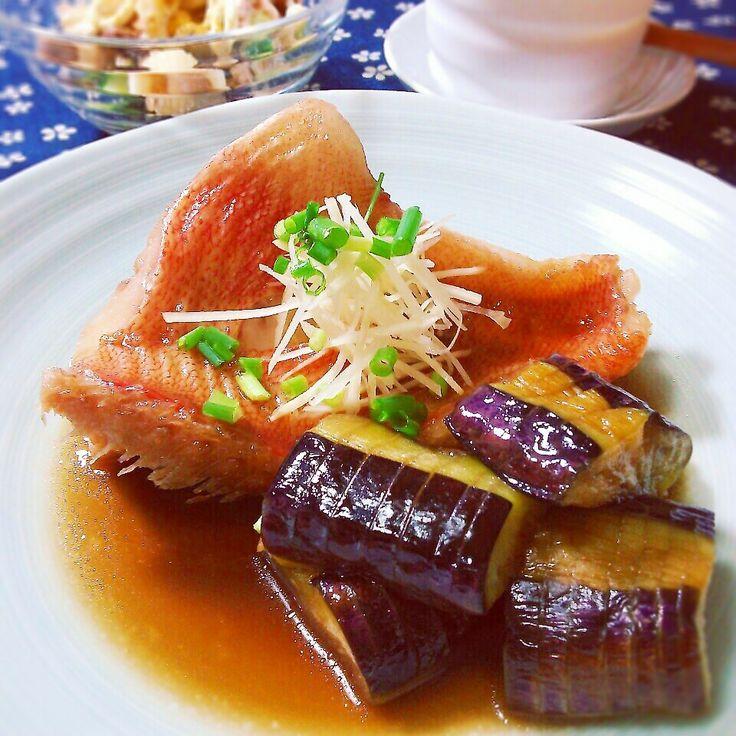 *煮魚は久しぶりです!息子クンは青魚の煮付けより白身が好きです~夫はどっちゃでもイイ、、そんな味覚の持ち主です! もっとお魚食べたいけど、鮮魚は高価でお買い得を探すのが大変ですね。。 その他の晩の献立 お豆とパスタのサラダ 空豆玉子豆腐 今日はいらないでしょ、納豆 小松菜とお豆腐お味噌汁 雑穀ごはん