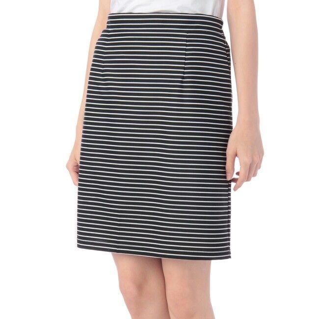 インデックスで購入。いつものタイトスカートより少し短め。
