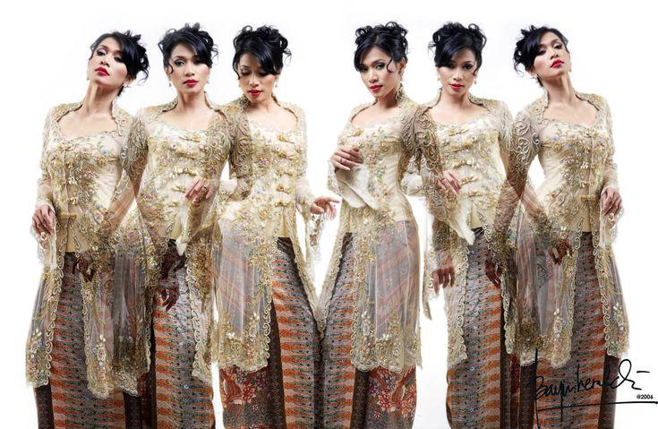 http://freyacesare.hubpages.com/hub/KEBAYA-INDONESIAN-NATIONAL-APPAREL