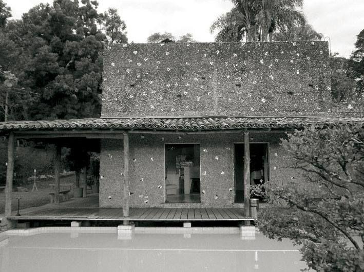 Casa Valeria Cirell (1958) a São Paulo, de l'arquitecta Lina Bo Bardi.
