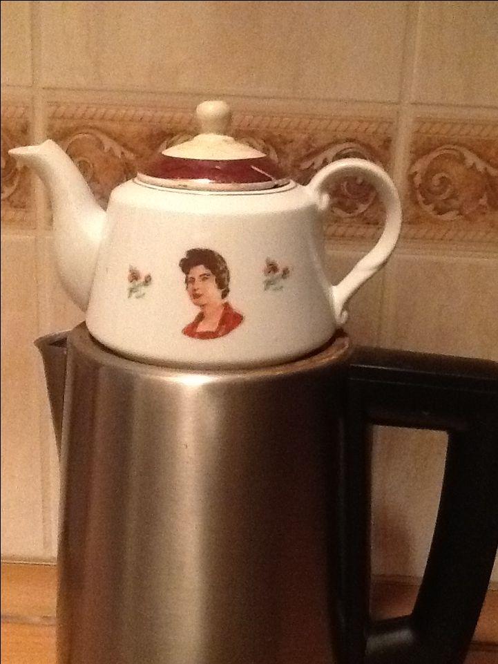 59yaşında çay demliği