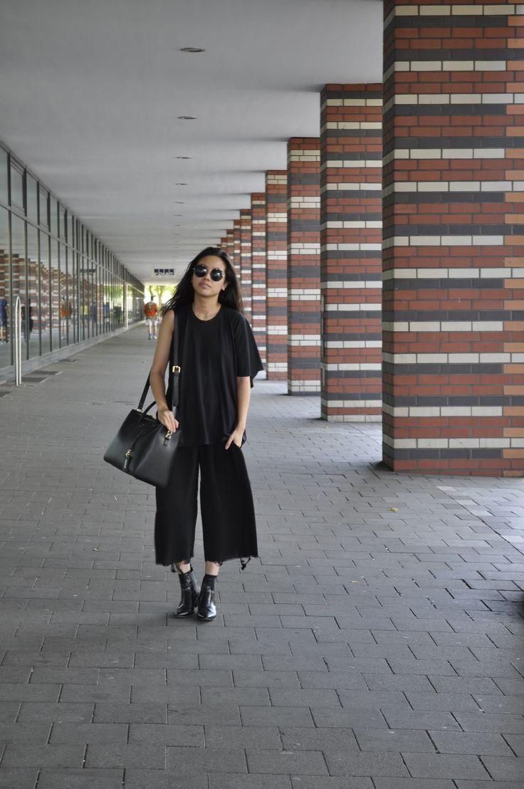 Alice M. Huynh wearing our GRACE in black. #beliya #ecofashion #handbag