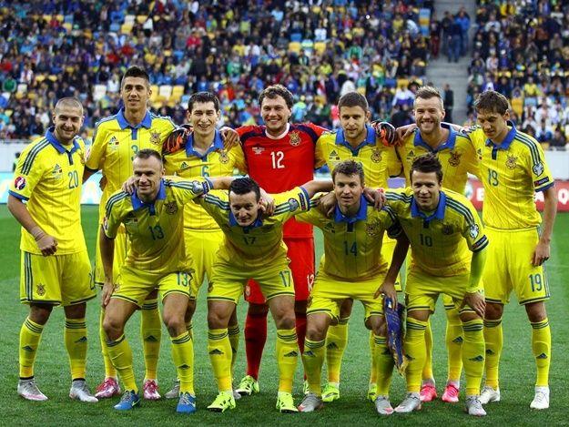 Сегодня стали известны имена футболистов, которые вошли в расширенный состав сборной Украины на Чемпионат Европы.