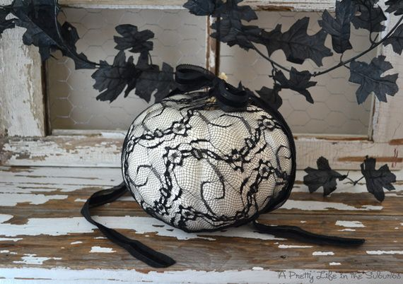 Creative_ Ways_ to_ Decorate_ a_ Pumpkin_ with_ Ribbon__15
