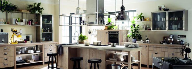 La cucina Scavolini veste Diesel: la collezione Successful Living from Diesel nasce dalla sinergia di due portavoci dello stile italiano nel mondo, come Scavolini e Diesel.