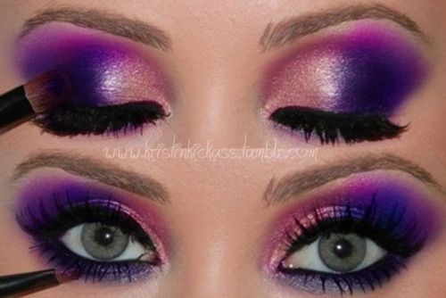 Purple and Pink Eyeshadow - http://ezsmokeyeyes.com/
