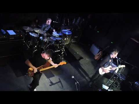 Richie Kotzen- Comienzo del show en Montevideo | cooltivarte.com