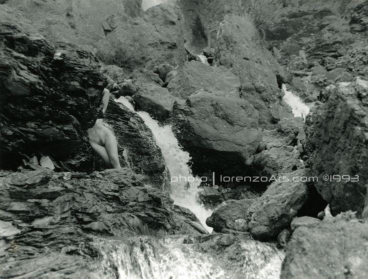 lorenzoArs ©1993 - ilford xp2 - olympus OM3