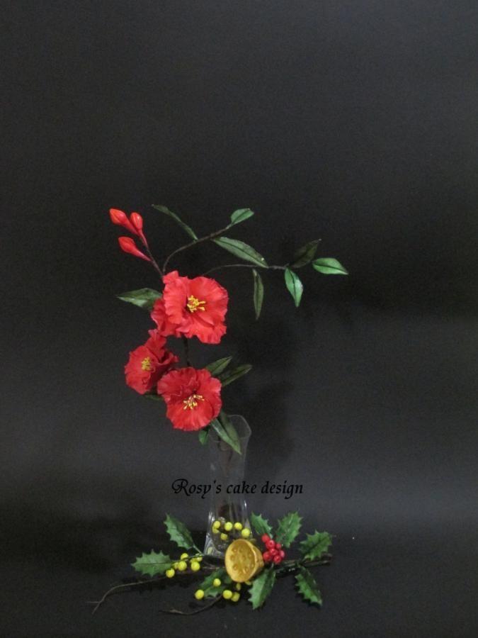 fiori di melograno e ramoscello natalizio in gum paste - Cake by rosycakedesigner
