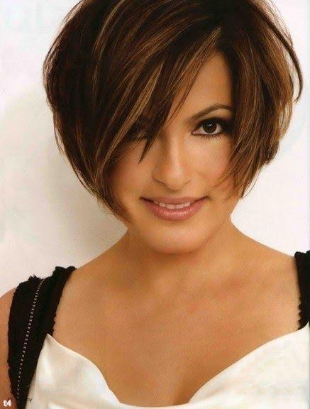 Mariska Hargitay always has cute short hairstyles
