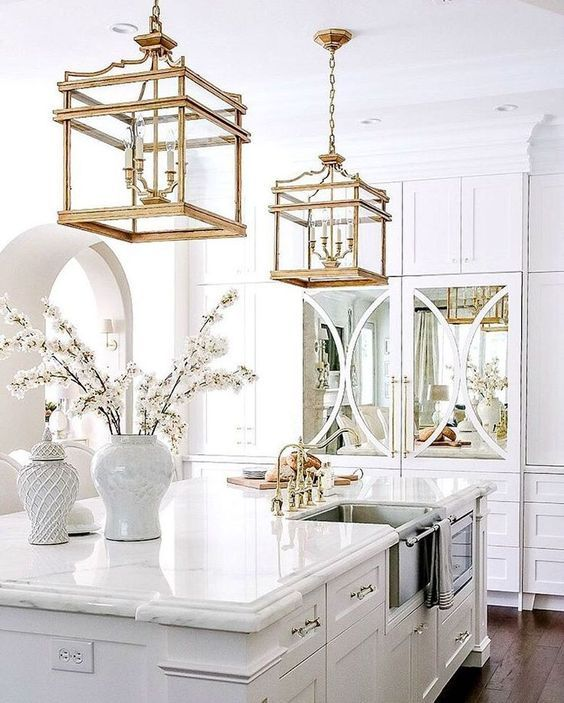 My Passion For The Stylish Elegant Chic Fanciful And Timeless World Of Chinoiserie A French Term Meaning White Kitchen Design Kitchen Cabinet Design Decor