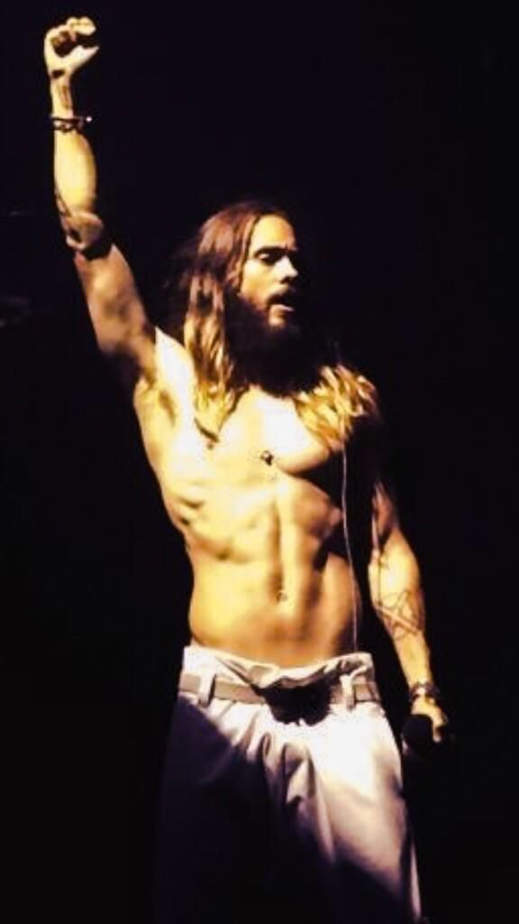 ❤️ Mr. Leto.  Why oh why didn't you take your shirt off at the Carnivores show :)