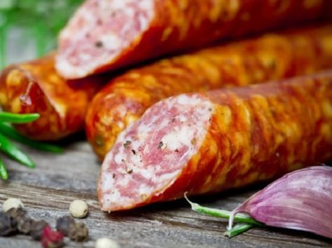 "The name of this delectable sausage is derived from the Low German word ""mett"", which means minced pork without bacon. It's related to the English word ""meat"". Ingredients: 3 lbs pork shoulder, 1 lb veal, and 1 lb lean beef chuck 2 tablespoons kosher salt 1 tablespoon ground white pepper 1 teaspoon ground coriander 1…"