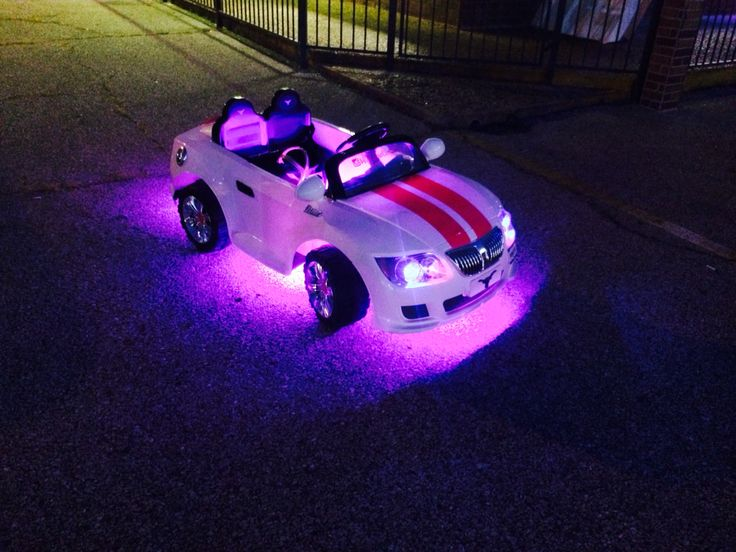 this battery operated car got a full pink led underglow pink led interior lights blue led. Black Bedroom Furniture Sets. Home Design Ideas
