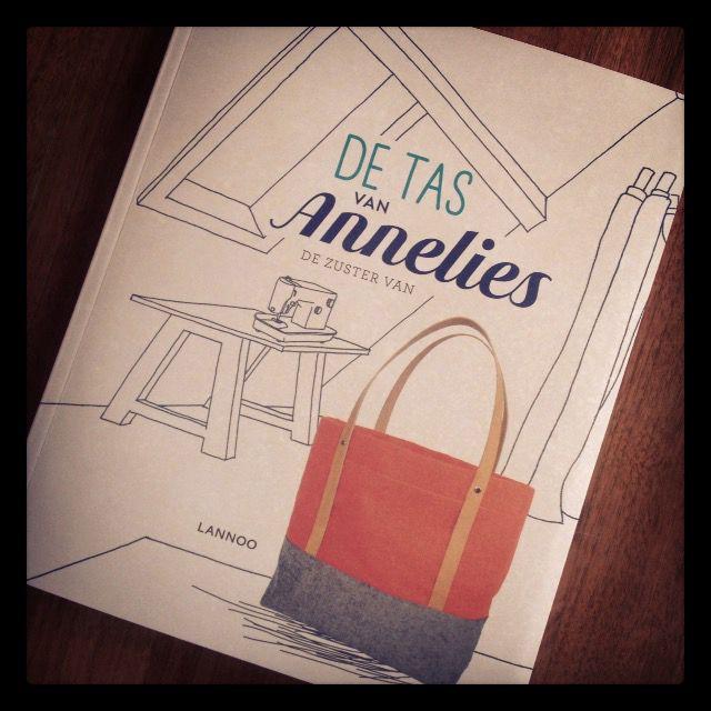 vormgeving DIY-boek: zelf tassen maken met Annelies 'de zuster van'.
