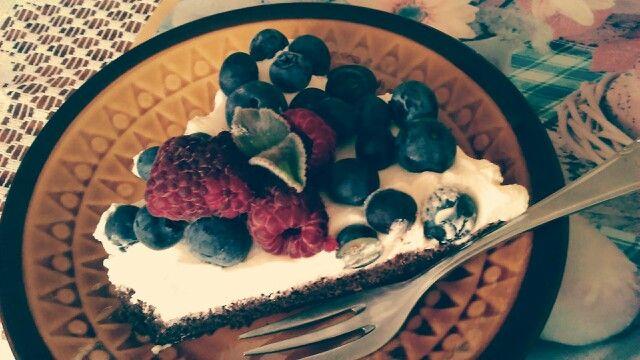 blueberry&raspberry cake