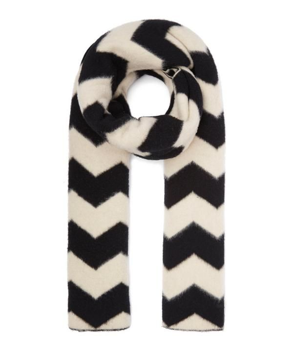 The snuggest accessory you'll find this winter, Jo Gordon's signature lambswool scarf comes with a monochromatic zig-zag design and a brushed finish for optimum comfort.