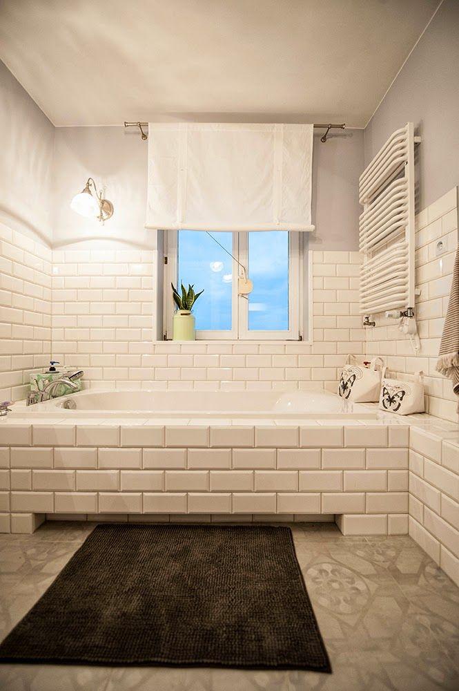 Białe Kafle W łazience Bathroom W 2019 łazienka Pomysły