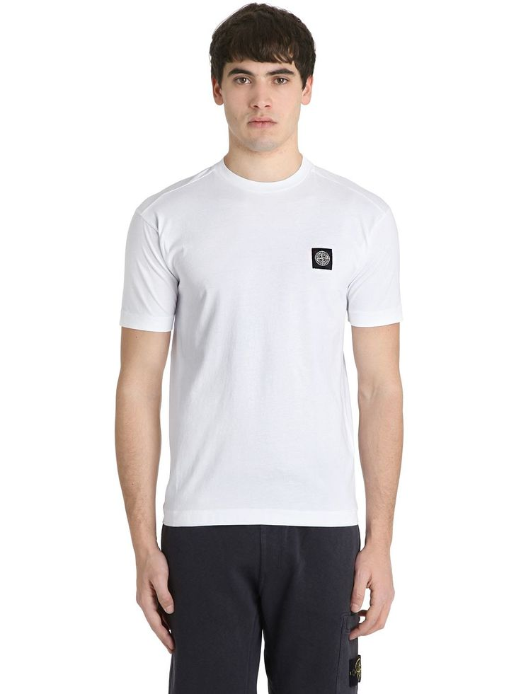 STONE ISLAND LOGO DETAIL COTTON JERSEY T-SHIRT. #stoneisland #cloth #