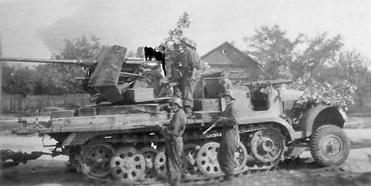 German 50 Mm Anti Tank Gun: Sd.Kfz. 6/2 Selbstfahrlafette 3,7-cm FlaK 36 Auf