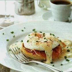Engelse muffins met gepocheerde eieren @ allrecipes.nl