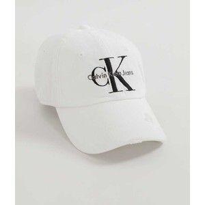 Calvin Klein Jeans Destructed Hat - White
