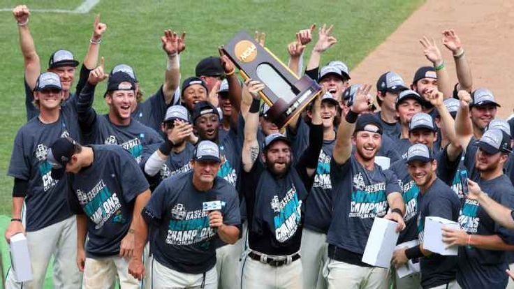 Rival fan bases rarely root for each other -- especially Clemson and South Carolina fans. But when Coastal Carolina brought the College World Series trophy back to Conway, everyone rejoiced.