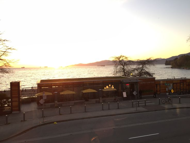 Cactus Club Cafe, English Bay location, Vancouver BC Photo by SWM April 2016